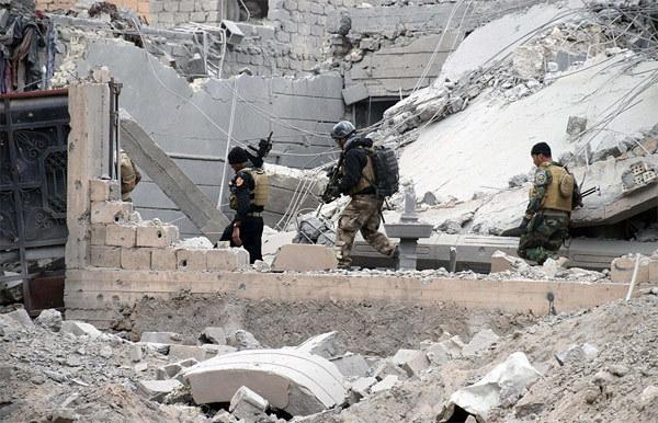 Ghê người thủ đoạn dùng 'lá chắn sống' của IS