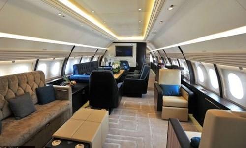 Nhà giàu Việt thuê máy bay du lịch Tết