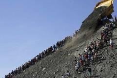 Sạt lở kinh hoàng tại mỏ ngọc bích ở Myanmar