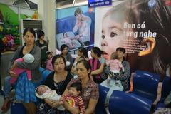 TP.HCM: Đăng ký tiêm vắc xin dịch vụ qua tổng đài 1080