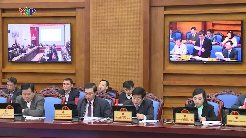 tăng giá dịch vụ y tế, bộ trưởng Bộ Y tế, Nguyễn Thị Kim Tiến, giảm quá tải bệnh viện