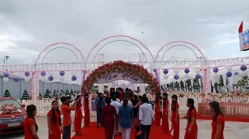 Đại gia miền Tây hồi môn 45 tỉ đồng trong đám cưới con