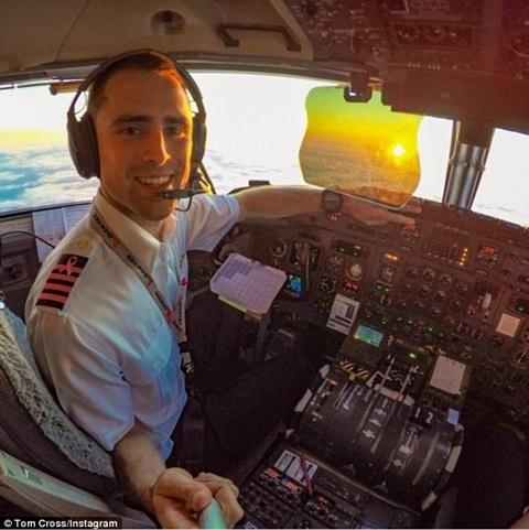 Hé lộ cuộc sống 'sướng như tiên' của tiếp viên hàng không và phi công