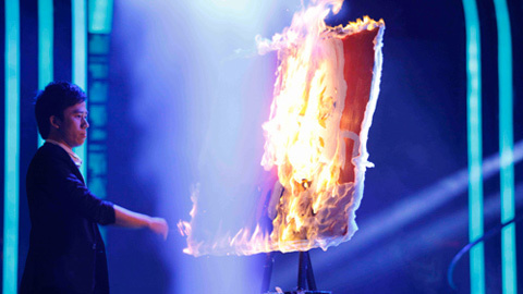 Phạm Hồng Minh, phù thủy, họa sĩ, họa sĩ trình diễn, vẽ tranh, lửa, nước, vietnamnet