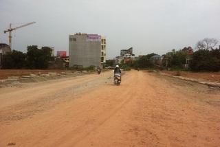 8 đời bí thư, chủ tịch tỉnh chưa xong 1,5km đường