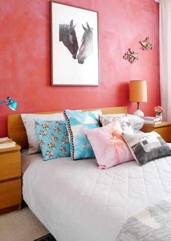 Trang trí nhà rực rỡ sắc màu theo phong cách Midcentury đón năm mới