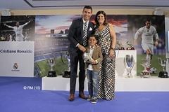"""Ronaldo thách thức: """"Cứ ghét tôi đi, vô ích thôi!"""""""