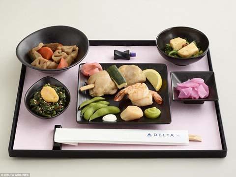 Soi suất ăn trong khoang VIP của các hãng hàng không