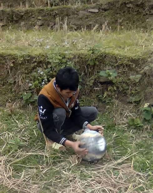Lại phát hiện vật thể lạ nặng 6kg ở Yên Bái