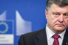 Ukraina đang bị hủy hoại trong tay ai?