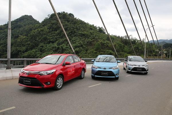 Nhận diện top 10 ô tô bán chạy nhất Việt Nam 2015