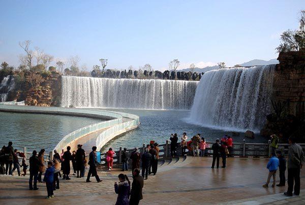 Trung Quoc, thac nuoc nhan tao, khong lo, khung, Trung Quốc, thác nước nhân tạo, khổng lồ, 'khủng'