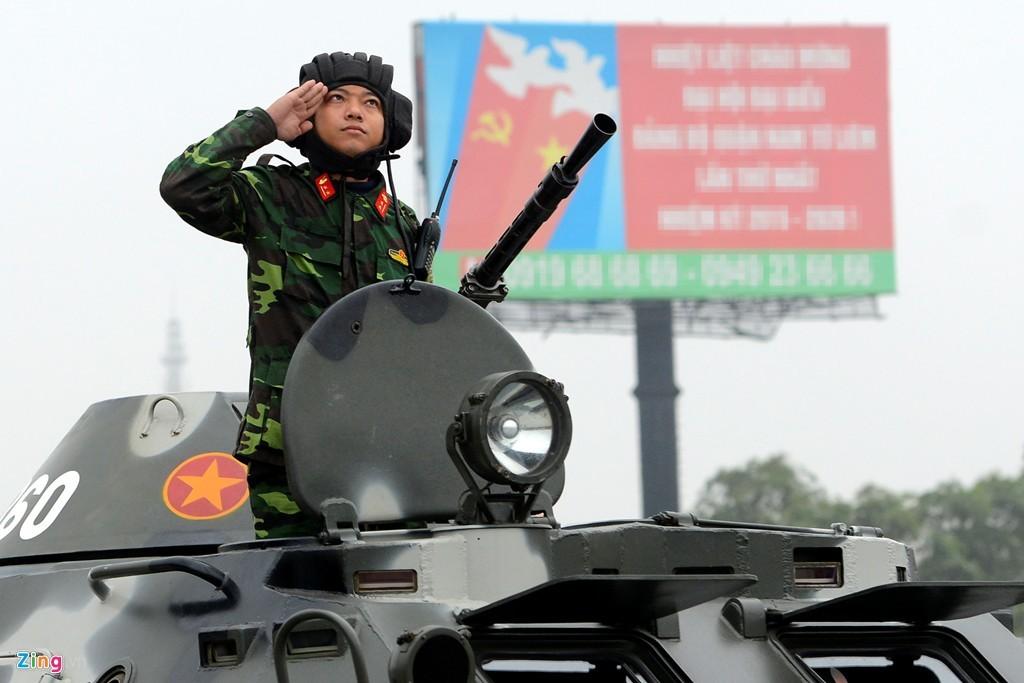 xế khủng, khí tài quân sự, Đại hội Đảng, diễn tập phòng chống khủng bố, xe đặc chủng, bạo động, cảnh sát cơ động, đặc nhiệm, an toàn