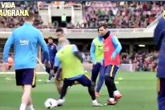 "Xem Messi ""chơi xỏ"" Mascherano"