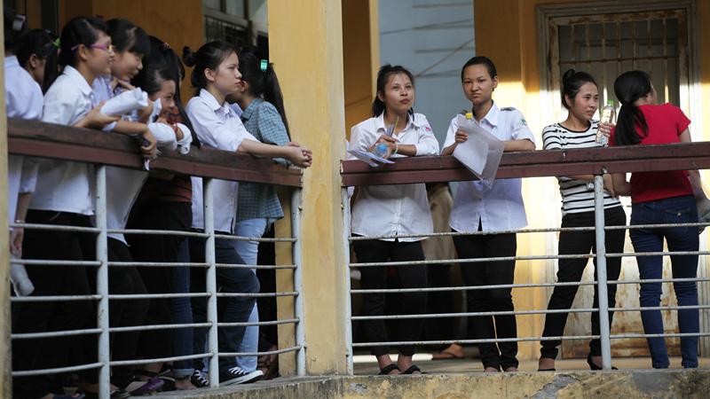 Khống chế sinh viên ở đại học: Không đâu như Việt Nam