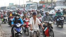 Mỗi ngày dân Sài Gòn sắm 100 ô tô, 1.000 xe máy