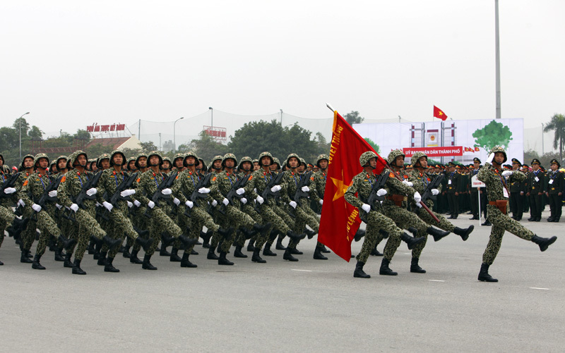 5.000 người diễn tập bảo vệ Đại hội Đảng