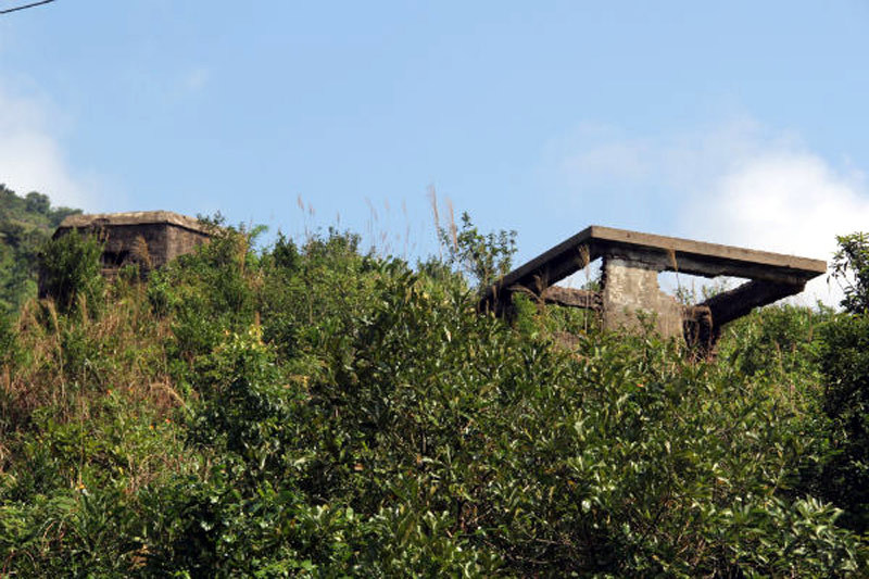 Hải Vân quan, đèo Hải Vân, biệt phủ trên núi Hải Vân, di tích hoang tàn