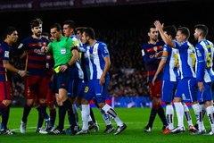 """Espanyol lên kế hoạch """"xử"""" Suarez"""