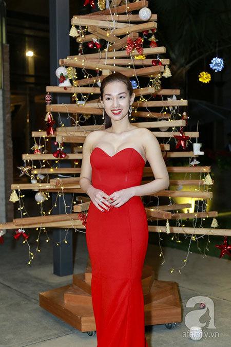 MC Quỳnh Chi: 'Tôi và Midu đều sai khi yêu hết lòng'
