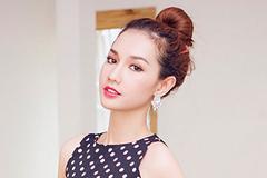 """MC Quỳnh Chi: """"Tôi và Midu đều sai khi yêu hết lòng"""""""