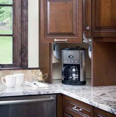20160108163912 image011 Chia sẻ các thiết kế kệ tủ lưu trữ sáng tạo và tiết kiệm không gian cho căn bếp gia đình