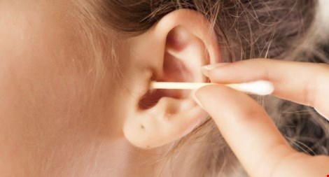 10 thứ bạn không nên nhét vào tai