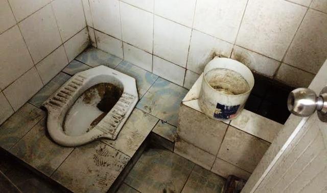 Hà Nội: Đang đi chơi lao về 'trút bầu tâm sự'