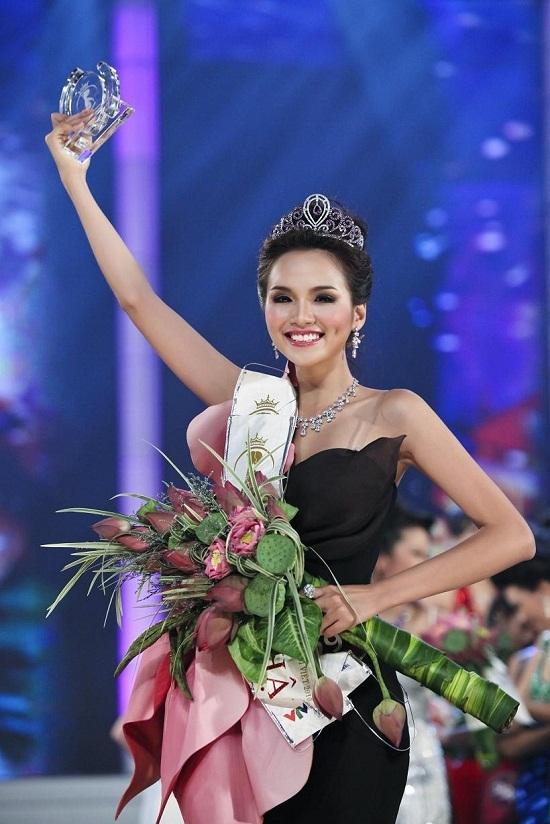 Hoa hậu Hoàn vũ, Hoa hậu Quốc tế, Diễm Hương, Iraq, đe dọa