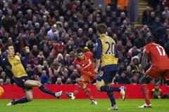 Rượt đuổi siêu kịch tính, Liverpool cưa điểm Arsenal