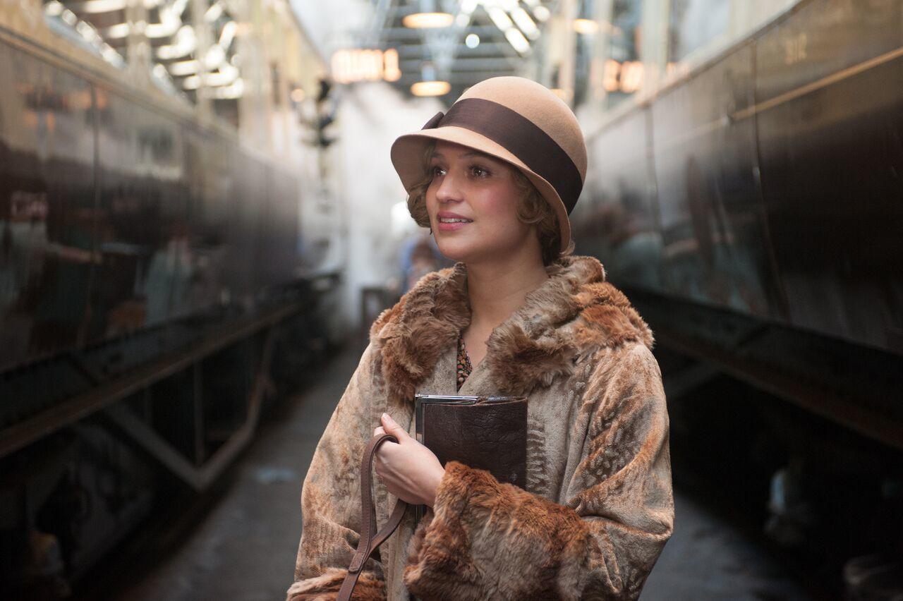 The Danish Girl, Cô gái Đan Mạch, Eddie Redmayne, Alicia Vikander, phim về người chuyển giới đầu tiên