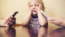 Bố mẹ hãy bỏ ngay 5 thói xấu này nếu không muốn hại con