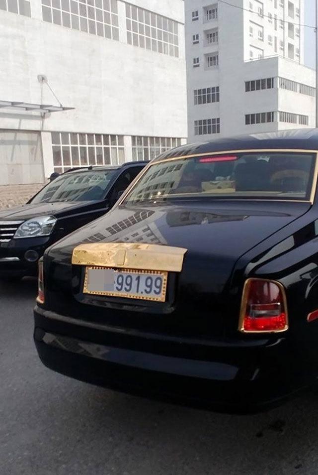 20160115152138 phantom6 Bộ đôi Rolls Royce Phantom xuất hiện tại Quảng Ninh và Hà Nội