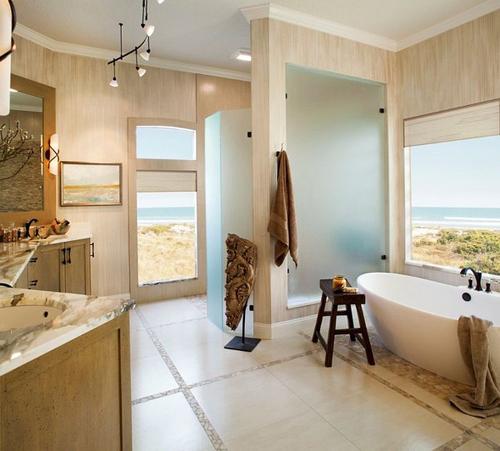 20160115162553 image007 Chia sẻ 20 phòng tắm có view nhìn ra biển đẹp mê mẩn