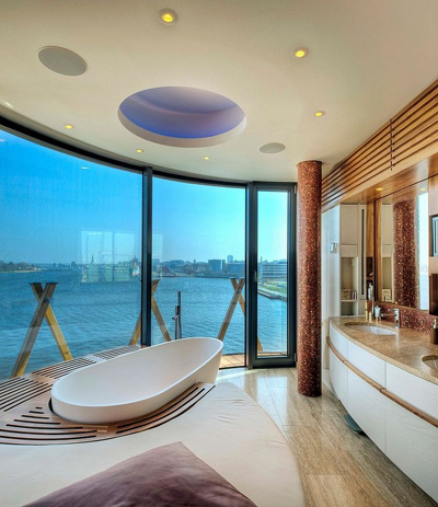 20160115162922 image014 Chia sẻ 20 phòng tắm có view nhìn ra biển đẹp mê mẩn