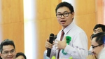 Tiến sĩ 8X bắt đầu dự án triệu đô sản xuất kính cho người mù