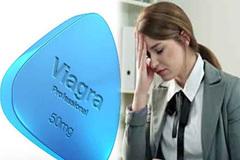 Sếp đưa Viagra chữa nhức đầu cho nhân viên