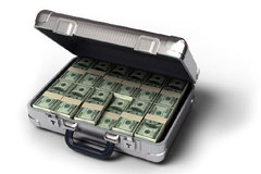 Cuối năm, những vali tiền 'bỏ quên' ở nhà sếp