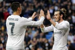 """Zidane """"tái sinh"""" BBC như thế nào?"""