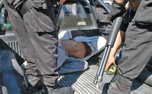 Argentina, yêu râu xanh, cha đẻ, con gái, cưỡng hiếp, nô lệ, tình dục, lạm dụng, rúng động, sốc