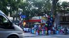 Những cửa hàng treo trên cây độc đáo ở Hà Nội