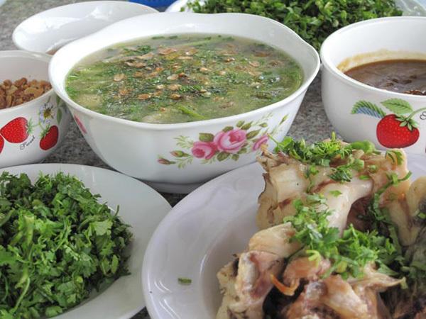 12 đặc sản, đất Trà Vinh, bún nước lèo, chù ụ, mắm bò hóc