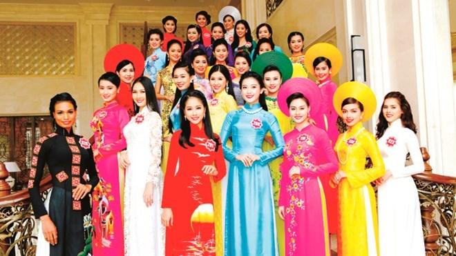 hoa hậu, siêu thị, văn hóa, Boston, bảo tàng, Nha Trang, Nguyễn Quang Thiều