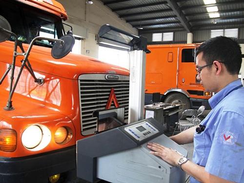 Giao tư nhân làm dịch vụ đăng kiểm ôtô