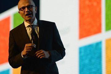 Microsoft 'công đức' 1 tỉ USD cho đám mây công cộng