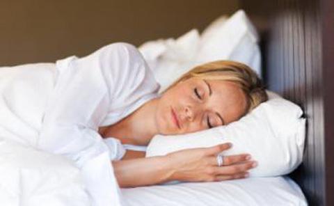 Ngủ nướng cuối tuần, giảm bệnh tiểu đường?