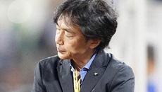 Sa thải ông Miura, và sa thải cả nền bóng đá!