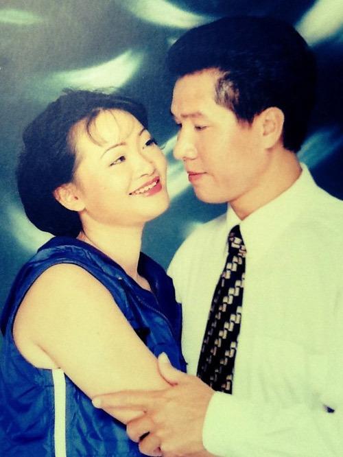 Đời giông bão của một nghệ sĩ hài cưới chồng 15 năm không có con