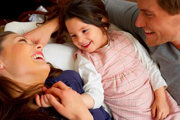 10 bí quyết để trở thành cha mẹ hạnh phúc hơn