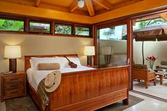 Nội thất phòng ngủ nhiệt đới với sức quyến rũ kỳ lạ